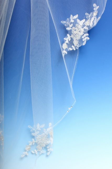 Lace Applique Bridal Veil
